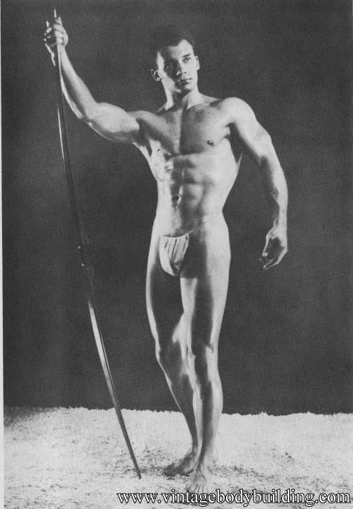 bodybuilder Eddie Caraun by Joe Weber