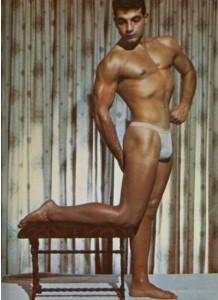 Nick De Guiseppe posing